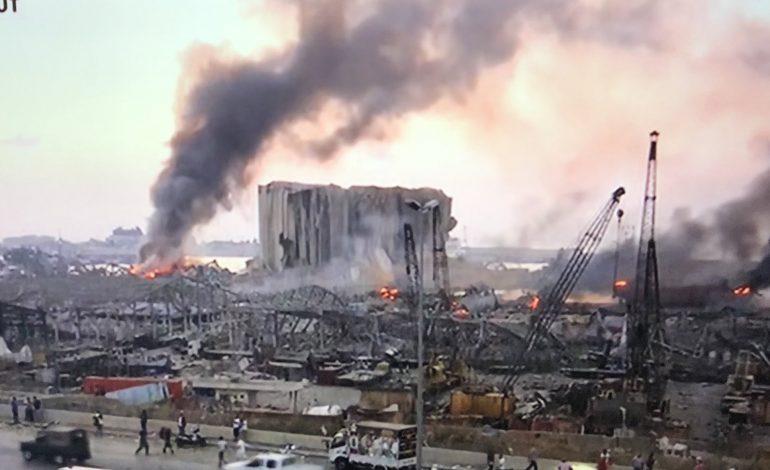 Michel Aoun évoque un missile ou une négligence pour justifier l'explosion à Beyrouth