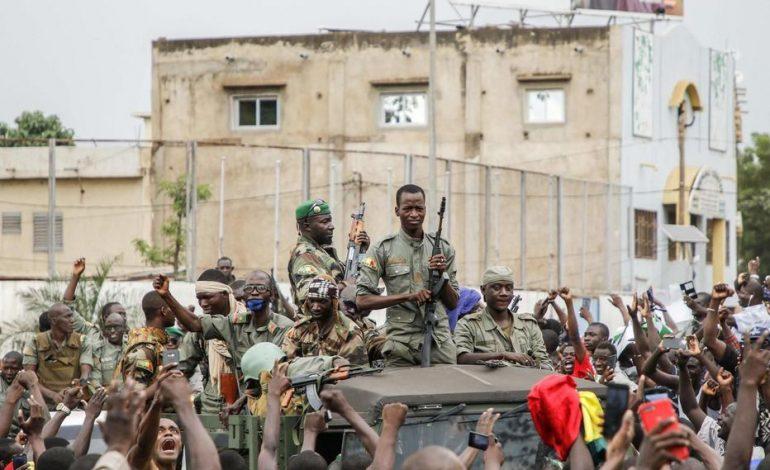 La justice malienne abandonne les poursuites dans l'affaire des 21 «Bérets rouges» tués