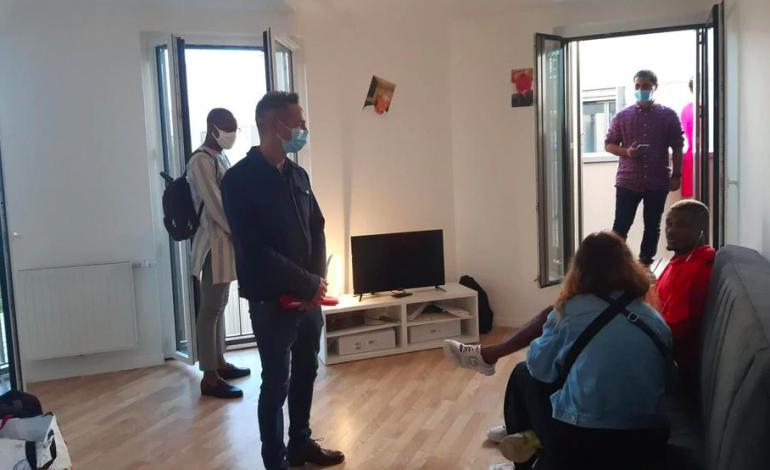C'est la première colocation parisienne destinée à accueillir des réfugiés LGBT