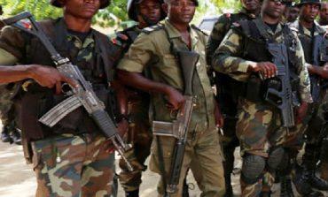 Dix ans de prison pour des militaires camerounais qui avaient abattu deux femmes et leurs enfants