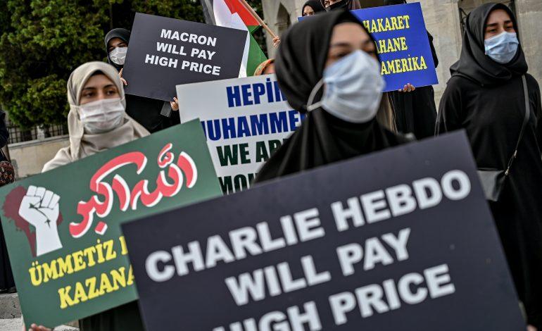 Des centaines de manifestants à Istanbul contre les caricatures du prophète Mahomet