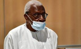 Quatre ans de prison, dont deux ferme, pour Lamine Diack dans le procès pour corruption