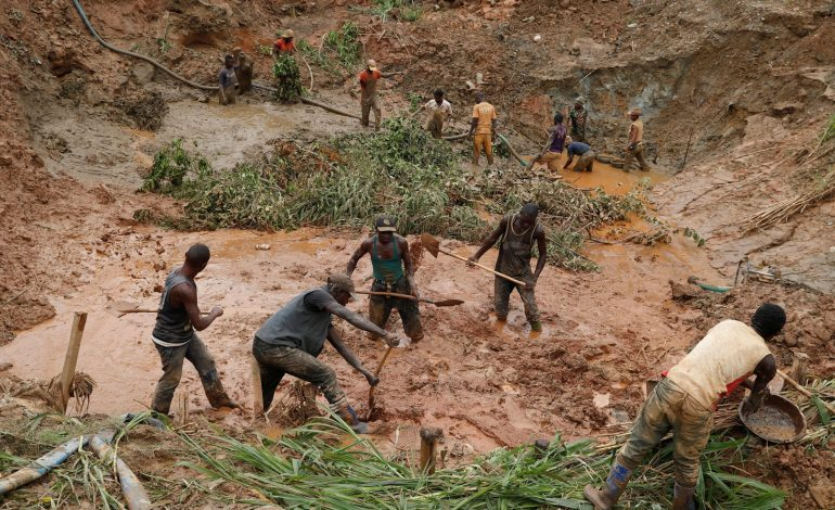 Plus de 50 morts après l'effondrement d'une mine d'or en RD Congo