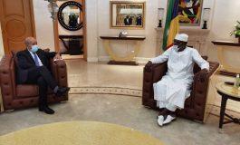 La France appelle l'Afrique à «faire bloc» avec elle face aux «tentatives de prédation» et à la «rivalité des puissances»