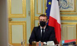 Emmanuel Macron dit «comprendre que les caricatures puissent choquer» mais dénonce la violence