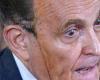 Accusations de fraude, teinture qui dégouline : la folle conférence de presse de Rudy Giuliani, l'avocat de Donald Trump