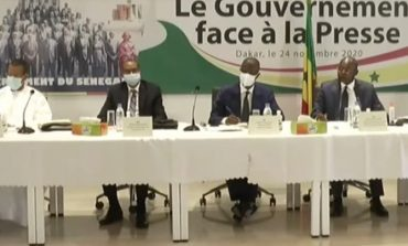 Le gouvernement face à la presse: Entre justifications, révélations et esquives