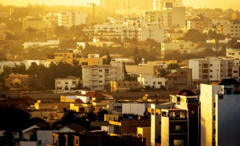 Etat d'urgence et couvre-feu décrétés à Dakar après une hausse spectaculaire des cas de COVID-19