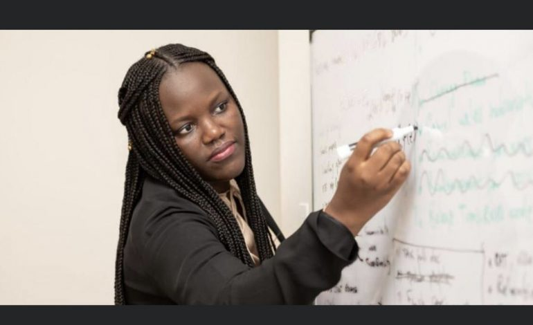 Adji Bousso Dieng, première femme sénégalaise, professeure à Princeton