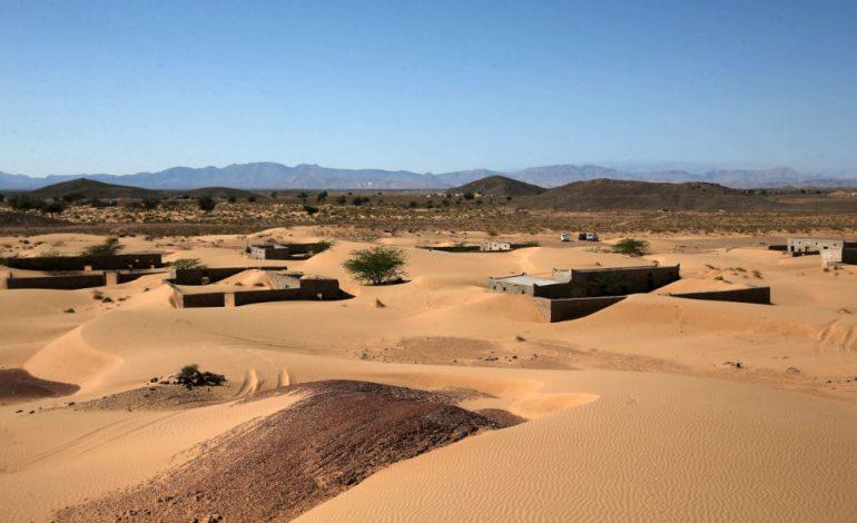 A Wadi al-Murr, des habitants retrouvent leur village englouti par le désert