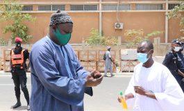 Port du masque obligatoire dans la rue et dans tout le pays pendant trois mois