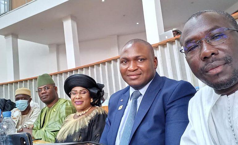 Le député Toussaint Manga en colère contre le projet de loi modifiant la loi sur l'état d'urgence et l'état de siège voté à l'Assemblée Nationale