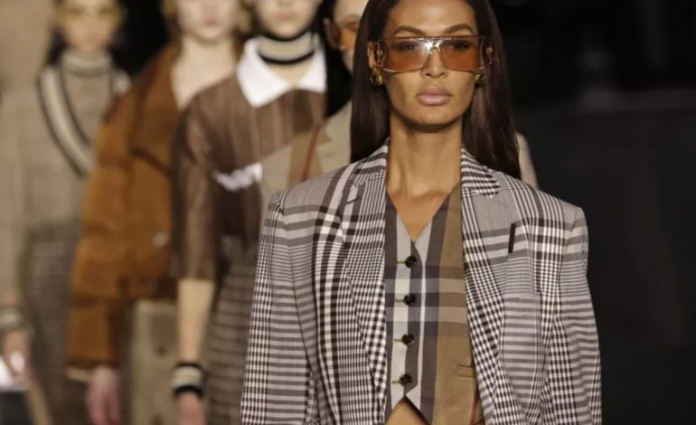 New York, Londres, Milan et Paris : les Fashion Weeks automne-hiver 2021-22 privilégient le virtuel