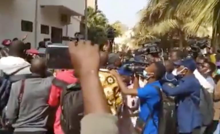 Embrasement au Sénégal après les menaces de la levée de l'immunité parlementaire d'Ousmane Sonko