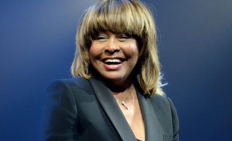 """Tina Turner dit officiellement adieu à ses fans : «C'est la fin"""""""