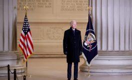 Joe Biden vante ses efforts pour vacciner le monde et l'Amérique