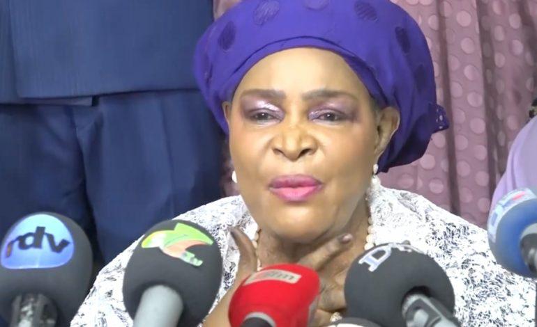 Aïda Ndiongue adhère avec son réseau dans la mouvance présidentielle