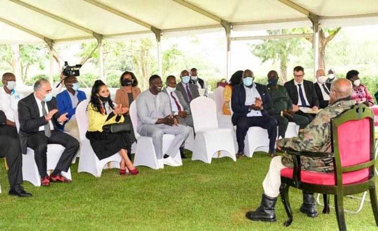 Akon en quête d'opportunités d'investissements en Ouganda