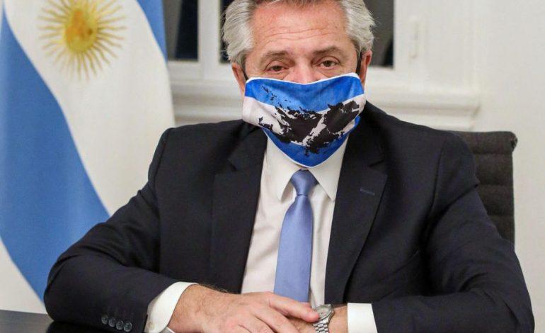 Le président argentin, Alberto Fernandez, testé positif après avoir reçu deux doses du vaccin Spoutnik V