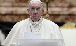 """Le Pape François juge """"scandaleux"""" la course à l'armement dans le contexte de la pandémie"""