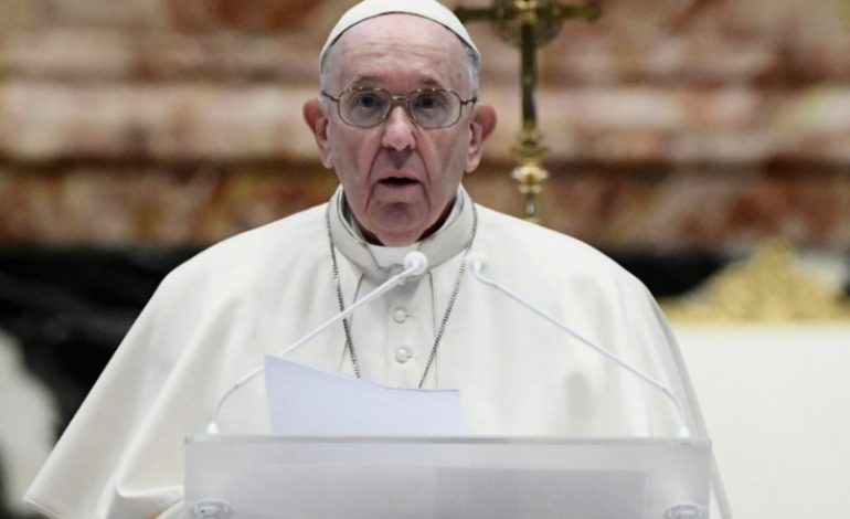 Le pape François appelle à enrayer la «spirale de la mort» en Birmanie et au Proche-Orient