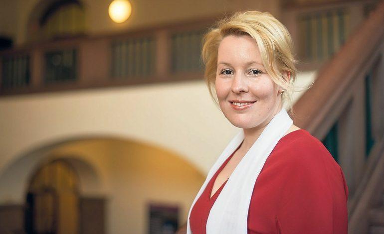 Franziska Giffey, la ministre Allemande de la Famille démissionne sur des soupçons de plagiat sur sa thèse de doctorat