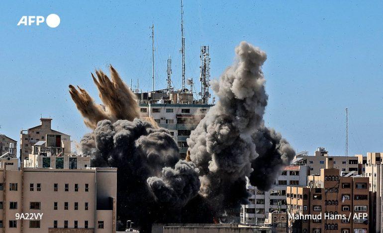 Frappe israélienne sur l'immeuble des médias Al-Jazeera et Associated Press à Gaza