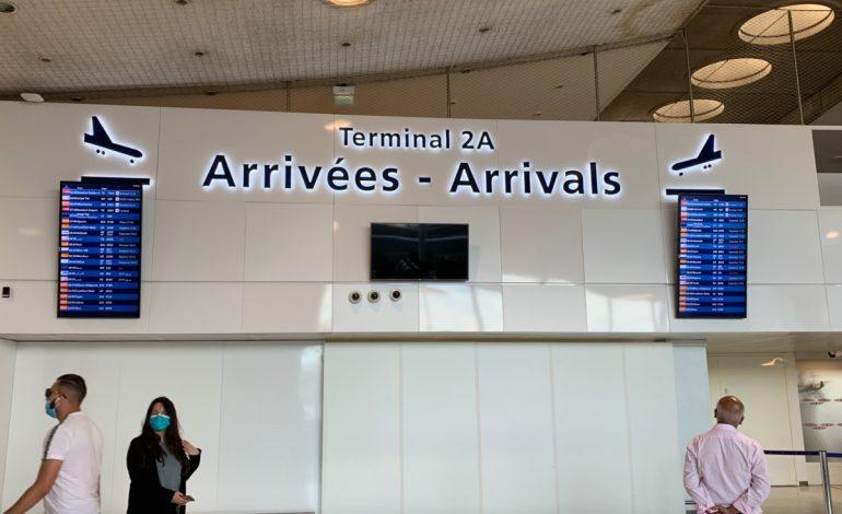 La France élargit la quarantaine obligatoire aux passagers de sept pays, dont la Turquie, les Emirats et le Qatar