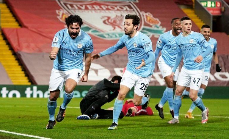Manchester City champion d'Angleterre après la défaite de Manchester United