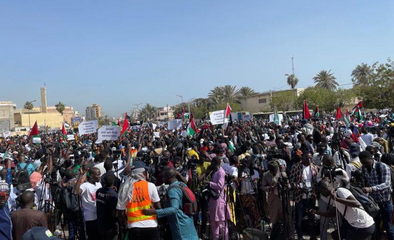 Plus d'un millier de personnes dans la rue à Dakar à l'appel de l'Alliance Nationale pour la Cause Palestinienne