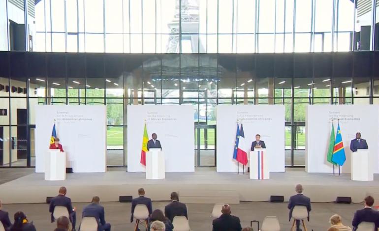 Les chefs d'État du G5 Sahel tiennent un mini-sommet à Paris