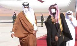 L'émir du Qatar arrive en Arabie saoudite pour une visite de réconciliation