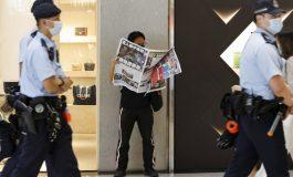 Fung Wai-long, le principal éditorialiste de l'Apple Daily arrêté à l'aéroport à Hong Kong