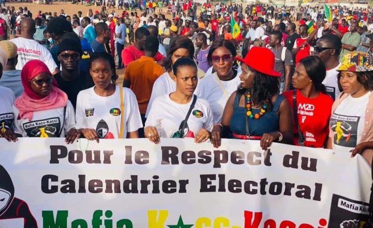 Le M2D mobilise au terrain des HLM de Grand-Yoff contre le 3e mandat
