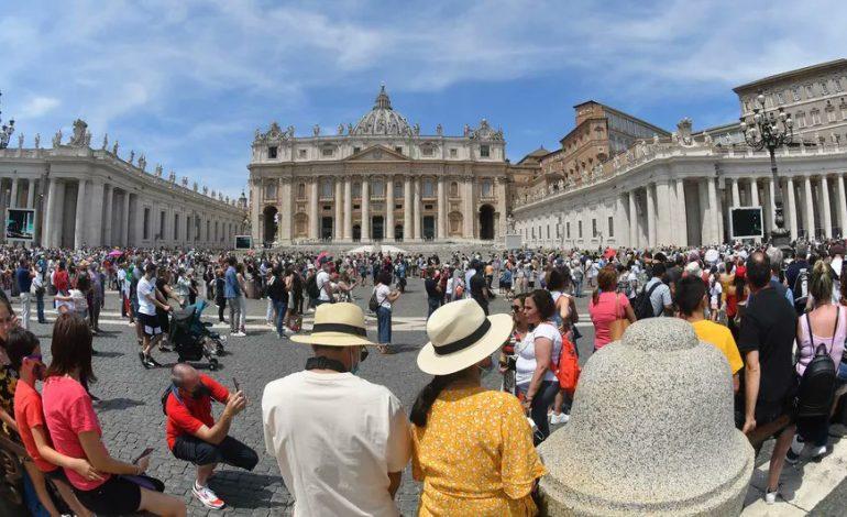 Le Vatican s'oppose à un projet de loi italien contre l'homophobie