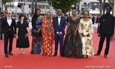 Lingui les liens sacrés, du réalisateur tchadien, Mahamat-Saleh Harounpose est l'un des deux seuls films du continent en compétition cette année à Cannes