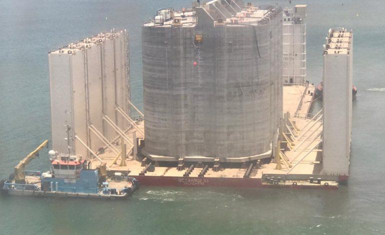 Eiffage Génie Civil Marine pose les premiers caissons en mer au large du Sénégal