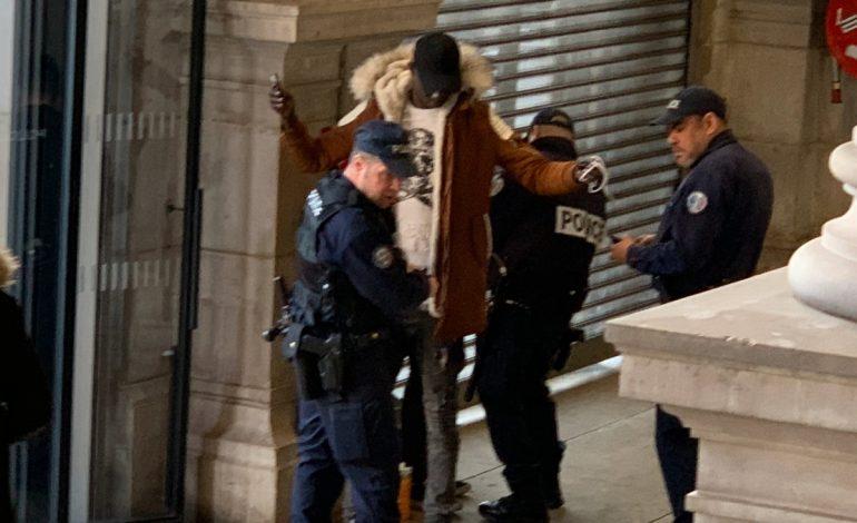 184 téléphones volés découverts au Pré-Saint Gervais (93) chez le receleur qui les expédiait au Sénégal