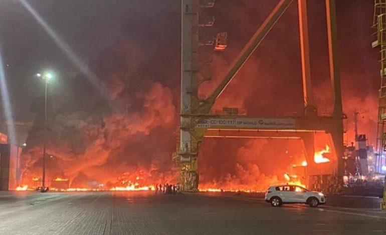 Enquête ouverte à Dubaï pour déterminer les causes de l'explosion au port de Jebel Ali