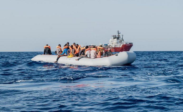 L'Ocean Viking porte secours à 175 migrants en Méditerranée