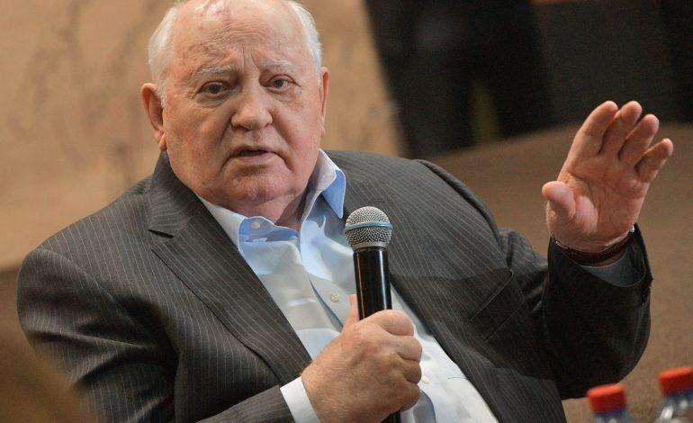 Il y a 30 ans, le putsch raté contre le président Mikhaïl Gorbatchev qui précipita la dislocation de l'URSS