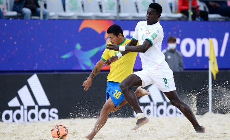 La Suisse remporte la médaille de bronze face aux Lions du Beach Soccer 9-7
