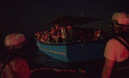 Le Geo Barents avec 320 migrants à bord autorisé à accoster en Sicile