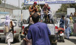 Les premiers Afghans exfiltrés de Kaboul par la France sont arrivés à Paris