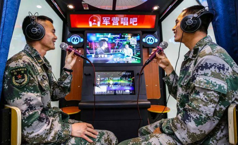 La Chine interdit les chansons de karaoké qui «menacent la sécurité nationale»