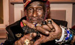 """Lee """"Scratch"""" Perry, gourou du reggae, est décédé à l'âge de 85 ans"""