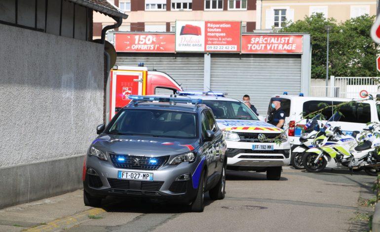 Un sénégalais blessé par balles par un policier à Evreux (France)