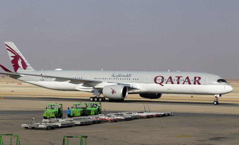 Qatar Airways va maintenir au sol 13 Airbus A350 et s'attend à ce qu'«Airbus traite ce sujet avec l'attention spécifique qu'il nécessite»