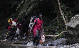 Les migrants haïtiens campent aux portes de la jungle tropicale du Darién