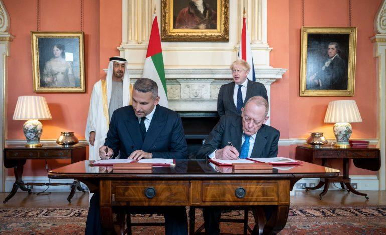 Les Émirats Arabes Unis vont investir près de 12 milliards d'euros au Royaume-Uni